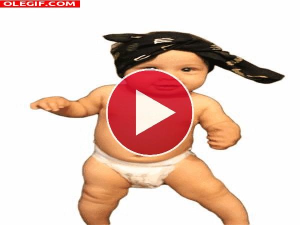 GIF: Este bebé tiene ritmo
