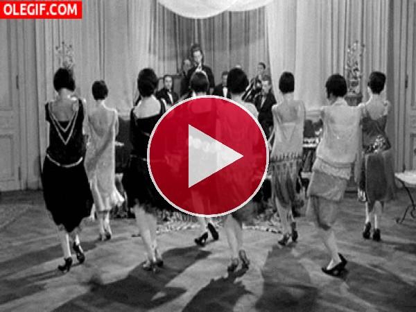 Baile que le hace a su novio - 3 part 6