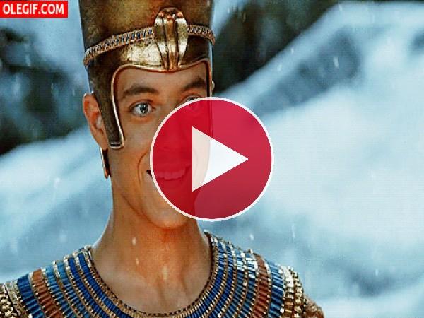 GIF: Nieve sobre el Faraón