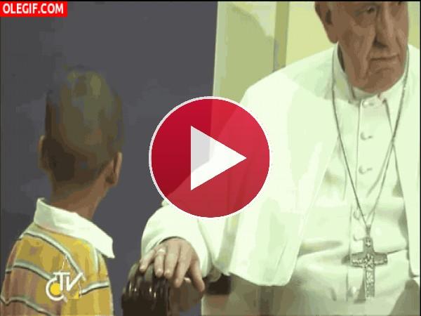 ¿Este señor es el Papa?
