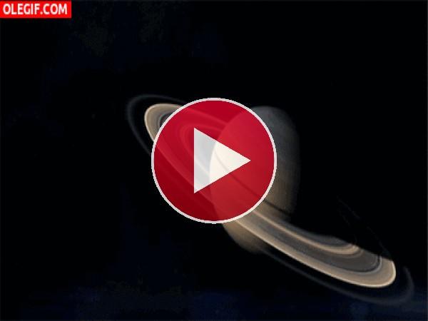 GIF: Anillos de Saturno