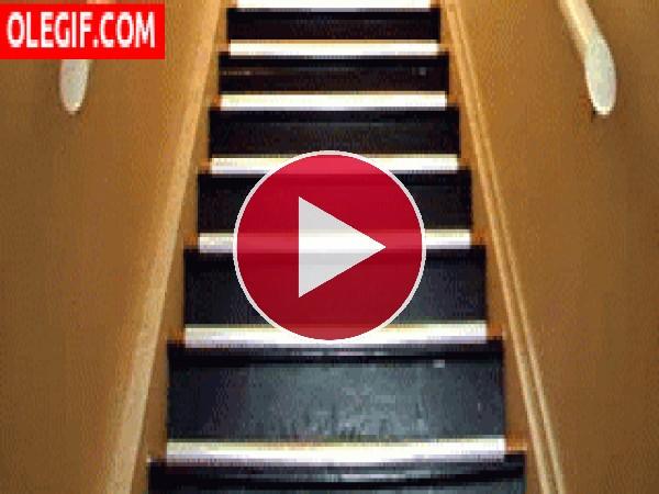 Slinky bajando las escaleras