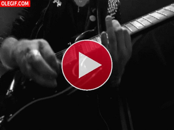 GIF: Solo de guitarra