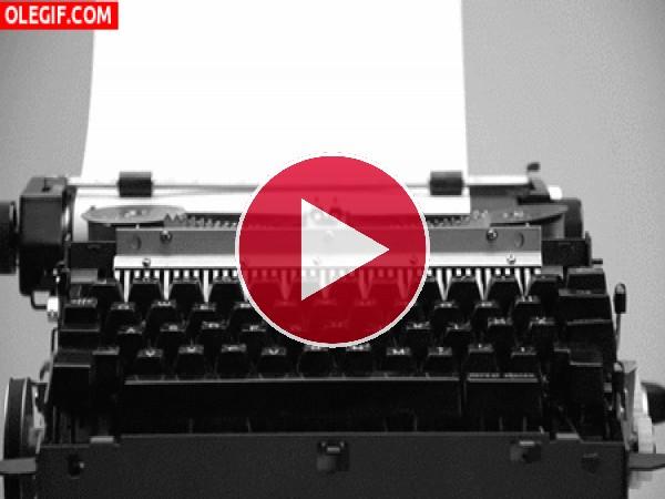 Escribiendo a máquina