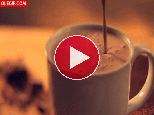 Chocolate caliente en una taza