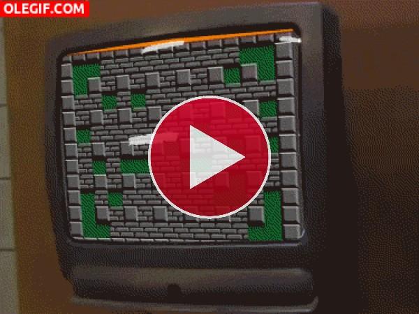 GIF: Y explotó la televisión