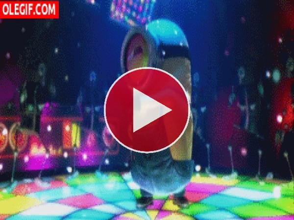 GIF: Minion bailando en la disco