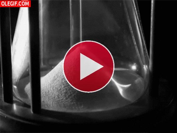 GIF: Reloj de arena en movimiento