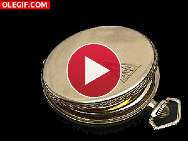 GIF: El mecanismo de un reloj de bolsillo