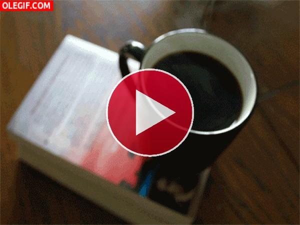 GIF: Café recién hecho