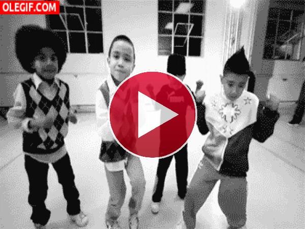 Mira cómo bailan estos niños