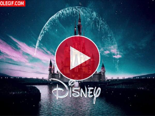 GIF: Magia sobre el castillo Disney