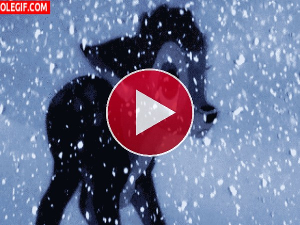 GIF: Bambi llorando bajo la nieve