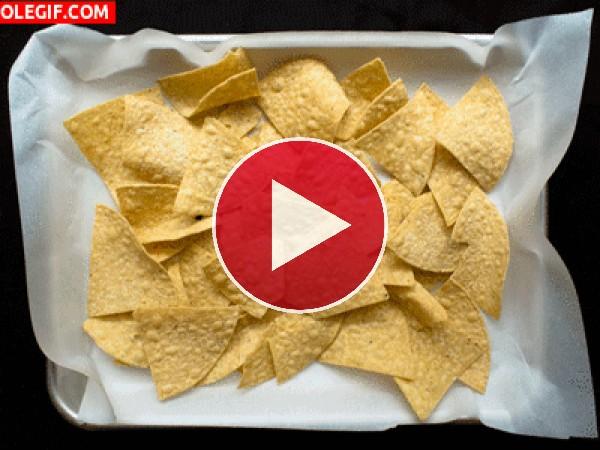 Preparando unos ricos nachos