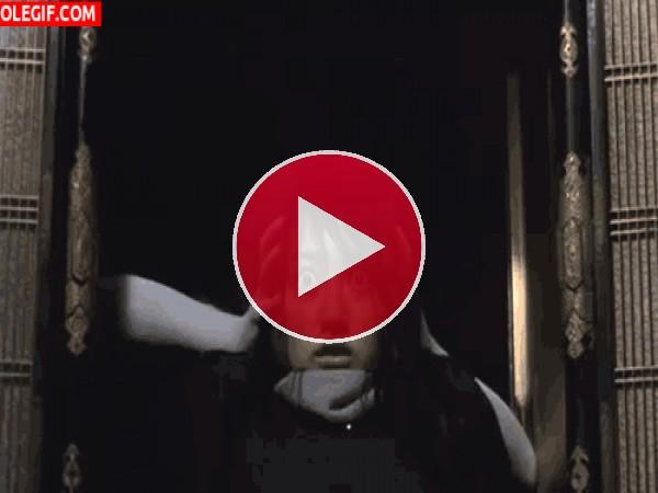 GIF: ¿Quien es el fantasma?
