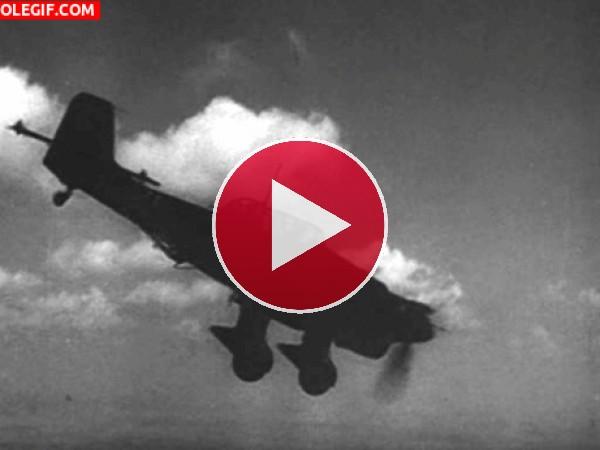 GIF: Junkers Ju 87 (o Stuka) volando