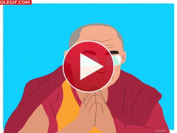 El Dalai Lama rezando