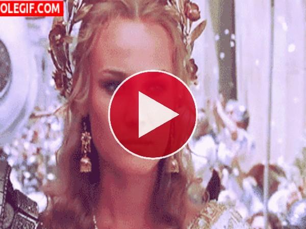 GIF: Diane Kruger como Helena, en Troya