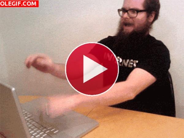 Machacando el teclado
