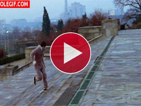 Rocky subiendo los escalones